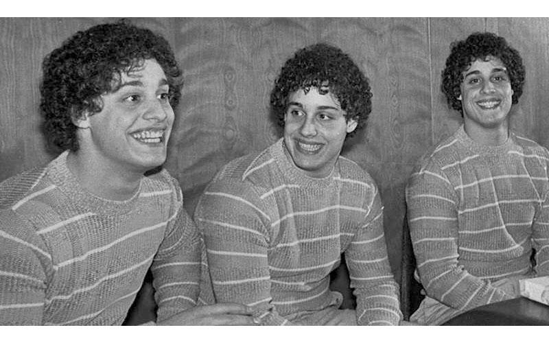 被當成白老鼠!遭拆散的三胞胎意外發現彼此的存在,「失散」真相卻讓大家都毛骨悚然!