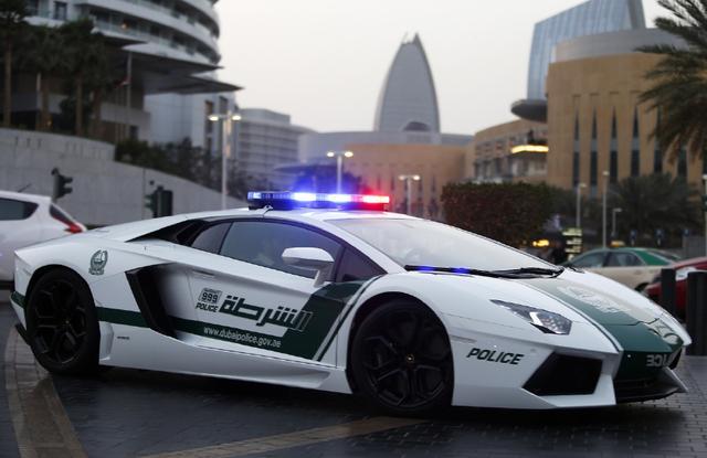 這邊是杜拜王子擁絕版豪車「全球僅此一輛」百公里加速1.4秒,只有成龍一個華人能借!圖片的自定義alt信息;545365,725390,K.R,34